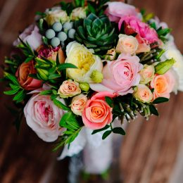 Hantied-Bouquet-for-Web2